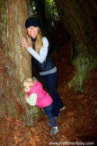 Mom & Baby Tree Hug