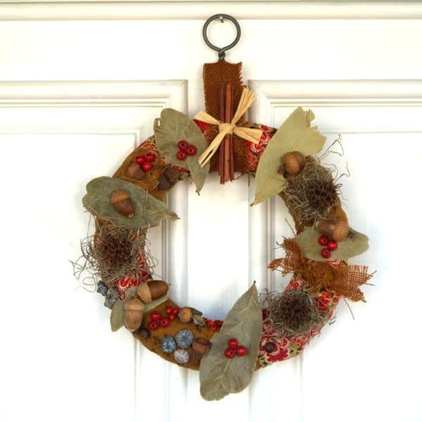 Autumn nature craft - fall wreath using naturally sourced materials.