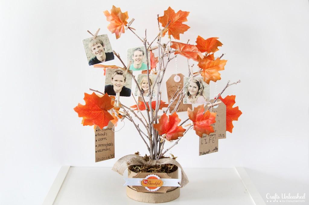Thankful Tree blog.consumercrafts.com