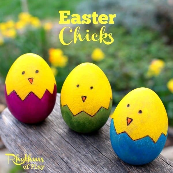 Easter chicks wooden egg craft is a fun and easy woodburn and watercolor art project for older kids, teens, and adults. I love woodburning crafts. Working with a woodburning pen is as easy as drawing with a hot pencil. It is a lot like adult coloring--a wonderful way to relieve stress while making something beautiful. Make some today! Easter Egg | Easter Craft | DIY Easter | Woodburning Craft | Easter Ideas