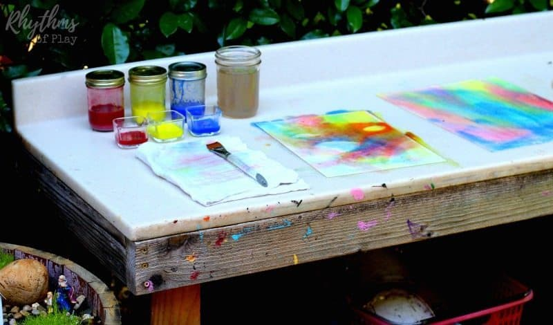 Three color wet-on-wet watercolor painting art table
