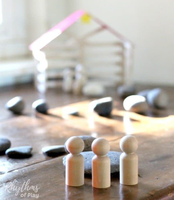 Making a homemade DIY stone advent calendar nativity scene is an easy way for kids and families to countdown to prepare for the celebration of Christmas. This easy craft and display idea uses stones and wooden peg dolls. The stones are representative of the journey of the wise men. Click though to learn more!