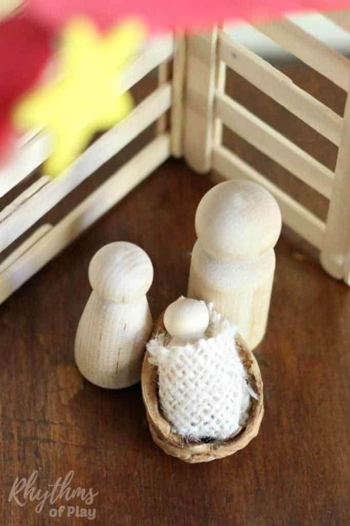 Easy DIY Wooden Peg Doll Holy Family Nativity Scene