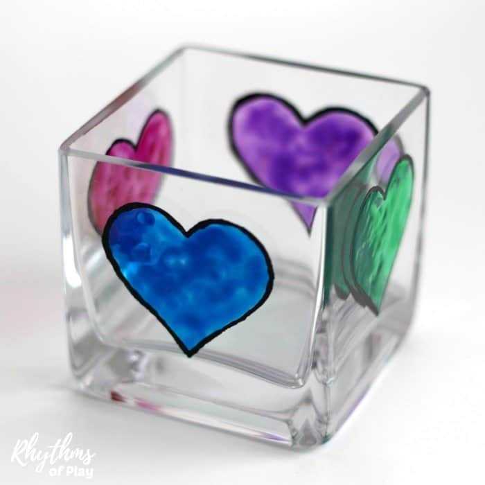 heat candle holder with 4 multi-colored hearts