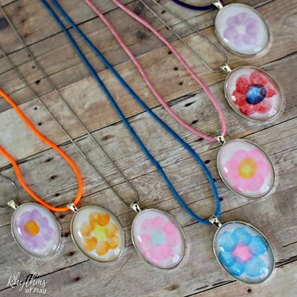 easy fingerprint flower neckace