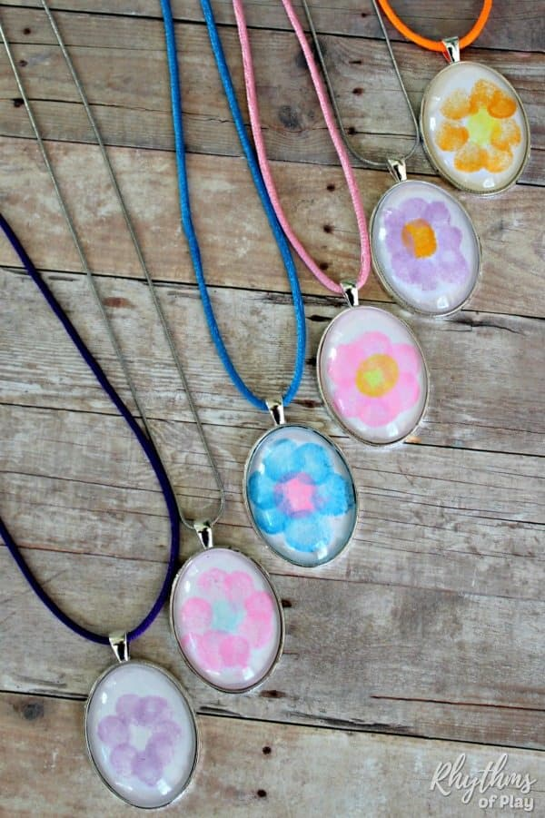 easy fingerprint flower necklace