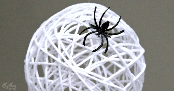 Spider egg craft for Halloween night
