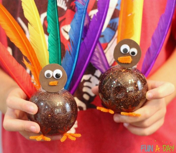 Thanksgiving turkey sensory bottle by fun a day