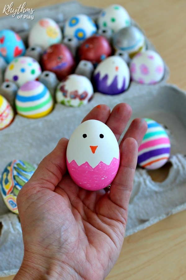 baby chick paint pen Easter Egg decorating idea