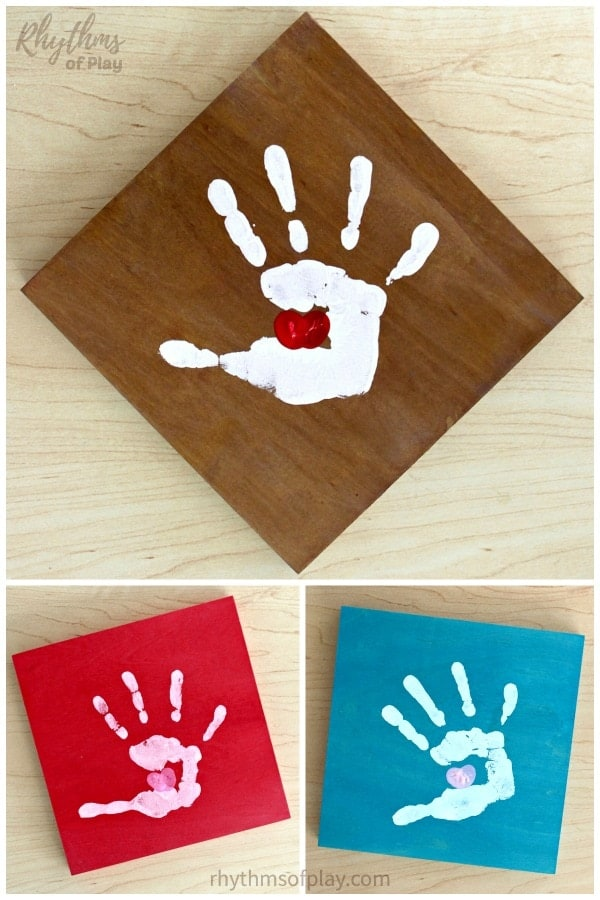 how to make a kissing hand handprint  craft with a thumbprint heart